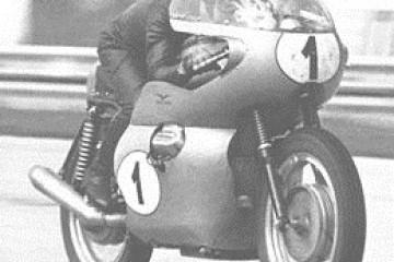 MotoGuzziV7Sport1969MonzaRecord